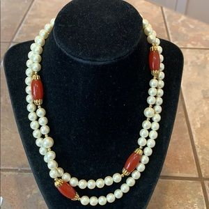 Jewelry - 💐5/25 nice quality faux pearl gold tone beaded